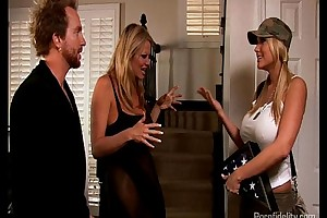 Prise slutty wife alanah rae acquires a farwell fuck from kelly madison