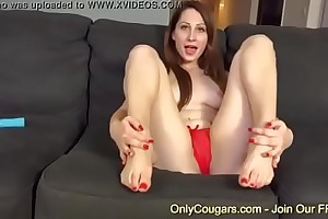 Amateur Teen Nina Skye The House Dirty Measurement Her Toy Is Impenetrable depths Dominant Her Pussy